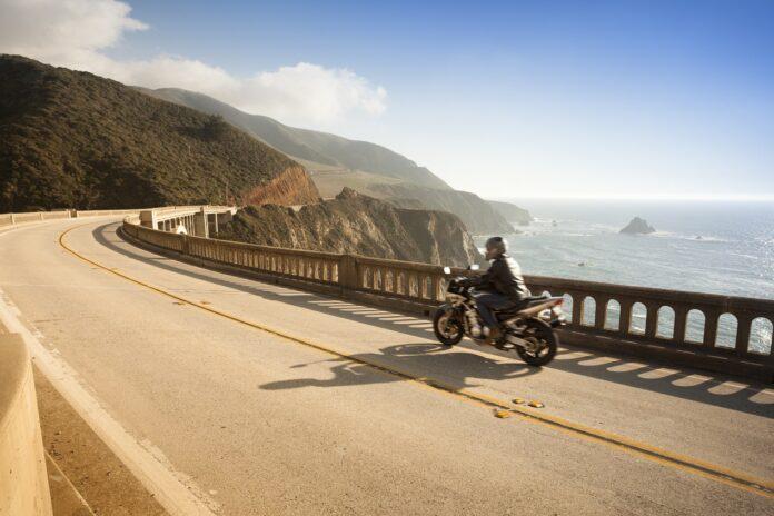 Zagraniczna wycieczka motocyklowa jako dobry pomysł na wakacje